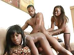 FFM threesome Black Monique in a..