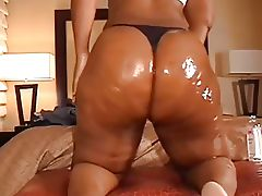 Ms ass like Whoa!!